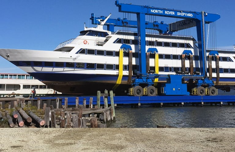 AerLift - ASCOM - Boat Lifting Marine Straddle Carrier